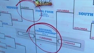 President Obama's bracket goes bust  4/8/13  (cnn)