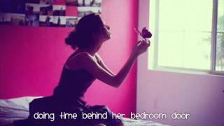 Watch Lauren Alaina Growing Her Wings video