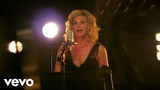 Tony Bennett & Faith Hill - The Way You Look Tonight
