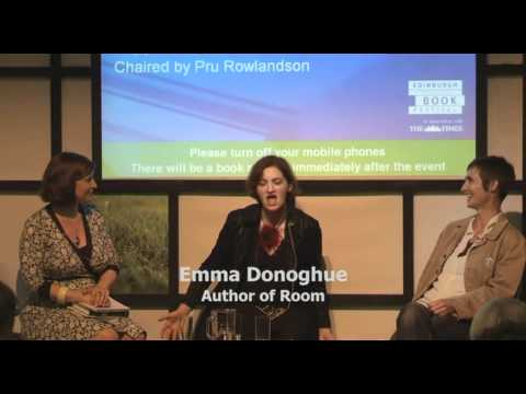 Fiona Shaw and Emma Donoghue at the Edinburgh Book Festival