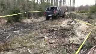 Jeep Cherokee and Chevy Blazer s10 best mud offroad 4x4 truck