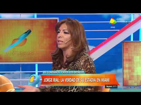¿Quién es la mujer que acompaña a Jorge Rial en Miami?