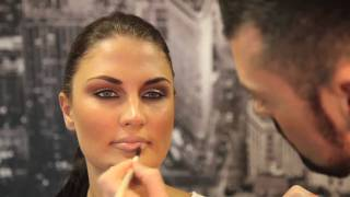 Derrick Carberry Make-Up Brushes Tutorial HD - A Must See Video