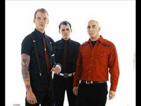 Alkaline Trio - Dead And Broken