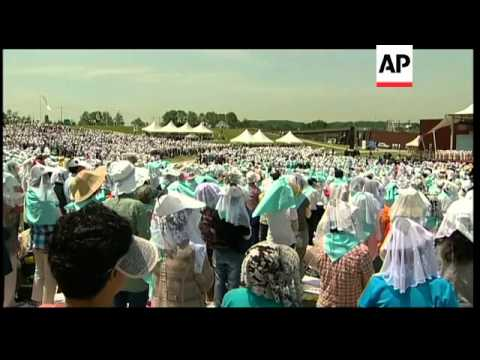 Thousands attend Catholic Mass wishing for peace on Korean peninsula
