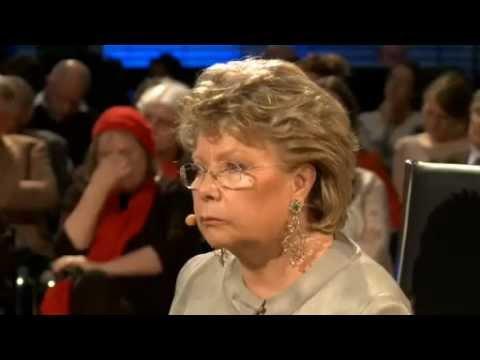 Viviane Reding EU-Kommissionsvize & EU-Justizkommissarin im Dialog mit Bürgern in Berlin. 1/