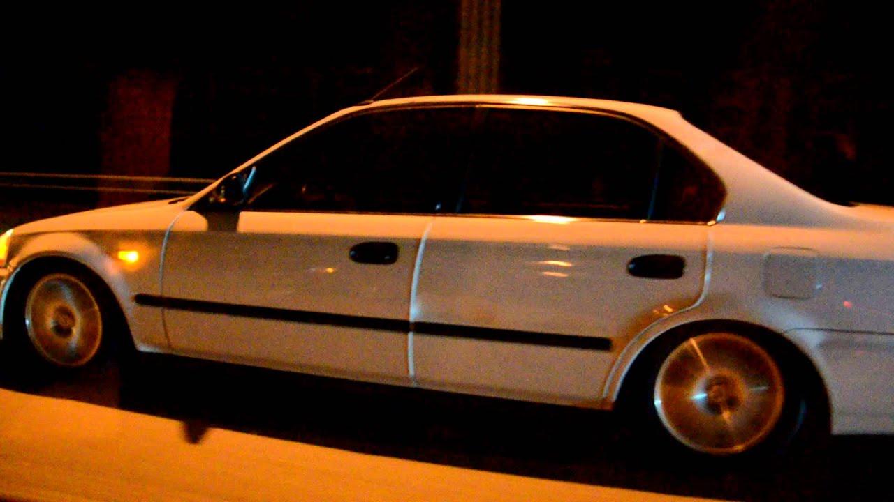2012 Honda Civic For Sale >> '99 Civic Si STOCK vs. 98 Civic Sedan B20 bolt-on's and Hondata s300 - YouTube