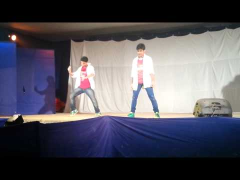 Dance Duet - Tera Chehra video