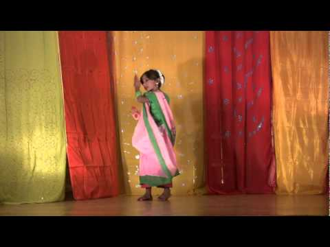 Bengali Folk Dance Performed By Supriya Ghosh video