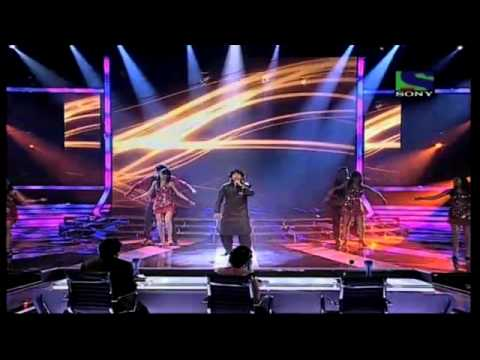 Sonu Nigam Pays Homage To Superstar Shammi Kapoor- X Factor India - Episode 28 - 19th Aug 2011 video