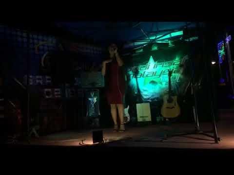 Dewi Perssik - Halalin Aku Live(by LISA)