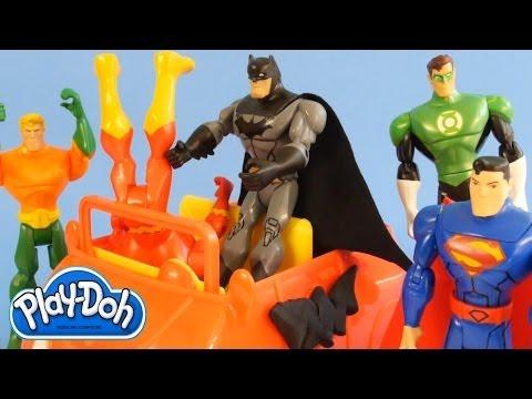 Play Doh Superhero Showdown Batman Superman Flash Green Lantern Cyborg Aquaman Play Dough Battle