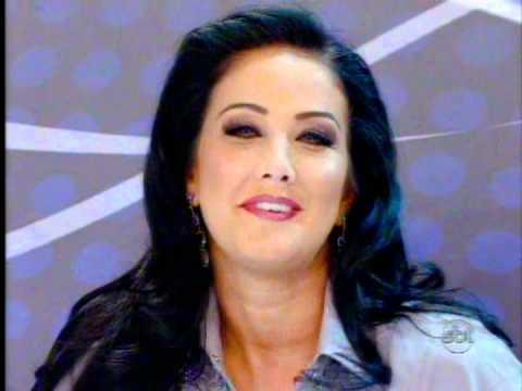 "HELEN GANZAROLLI ""A DESEJADA"" - PROGRAMA SILVIO SANTOS 20/11/2011"