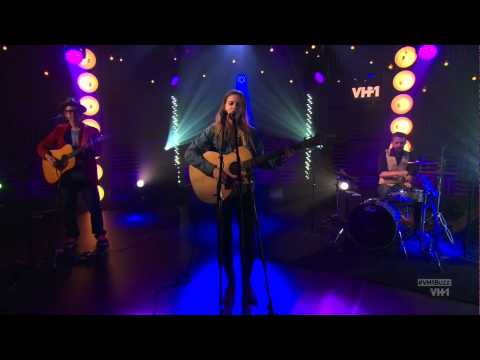 Leighton Meester singing Heartstrings on VH1 Big Morning Buzz 10/17/14 [HD]