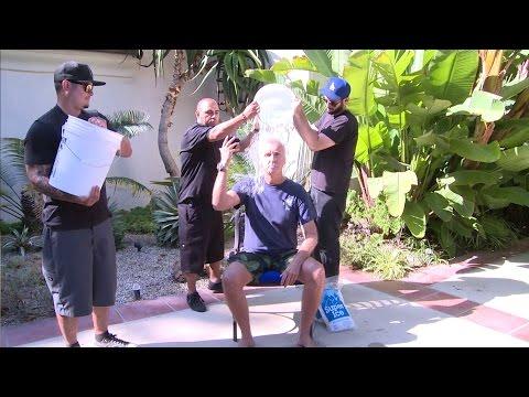 James Cameron takes the ALS #icebucketchallenge like a man