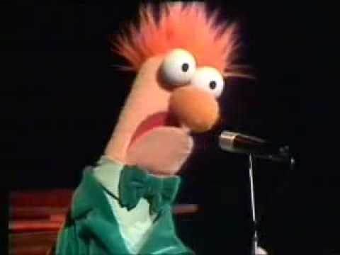 Beaker sings - YouTube