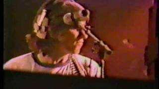 Pink Floyd - Another Brick in the Wall part 3 (Live)