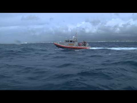 District 14 U S  Coast Guardsmen Learn Whale Rescue Techniques