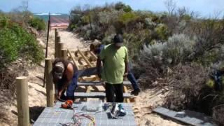 Watch Beach Boys Under The Boardwalk video