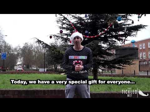 SEXY SANTA BIG BOOTY PRANK CHRISTMAS EDITION!!! thumbnail