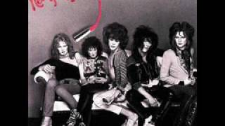 Watch New York Dolls Personality Crisis video