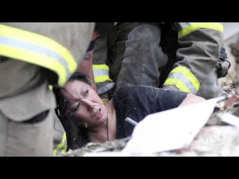 Oklahoma Tornado Video: Rescuers Search for Children in Oklahoma Schools