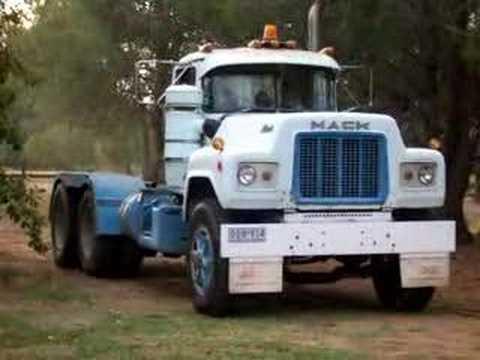 Mack Truck For Sale >> Mack R700 V8 Start up - YouTube
