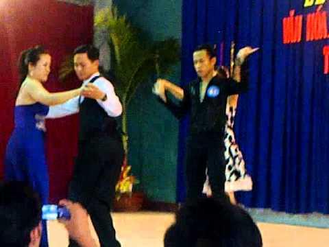 Khiêu vũ Khánh - Chung (Rhumba)