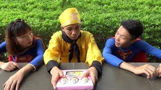Trò Chơi Bóc Trứng Bất Ngờ Kinder Joy ❤ BIBI TV ❤