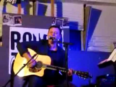 James Dean Bradfield - Condemned To Rock and Roll (Acoustic @ Rough Trade 06/11/2012)