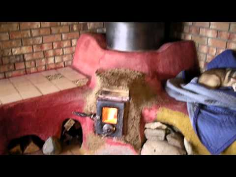 2016 Living with the Rocket Mass Heater Part 4.  Batch Box Cook Stove
