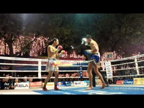 Denny Baan Muaythai VS Farid Emerald Gym in King's Birthday 2013 @ Sanam Luang