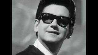 Watch Roy Orbison Sweet And Innocent video