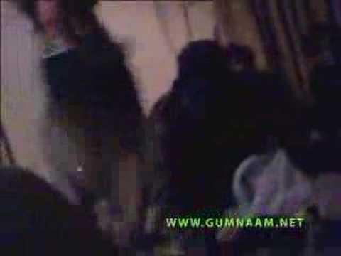 Pakistani Mujra Hidden MMS Clip