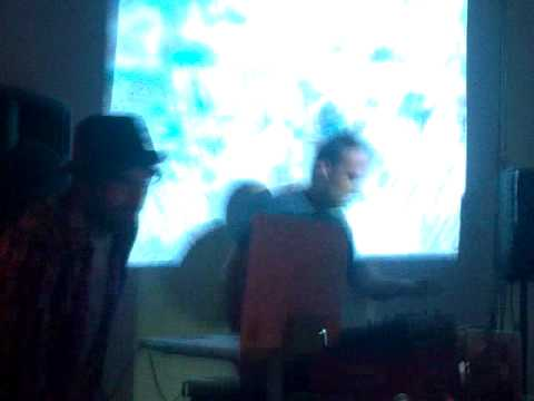 els normals + medusa pin vj sex lies and Usb´s (ababol party...