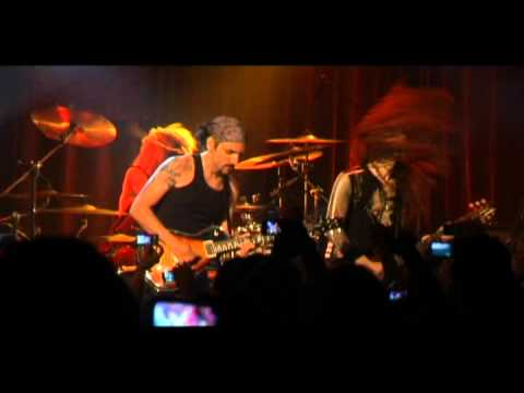 Yossi Sassi&Marty Friedman - Thunder March - live in Israel 31/05/11