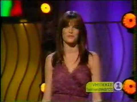 Stephanie Seymour 2001 Fashion Awards