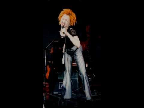 Cyndi Lauper - Broken Glass