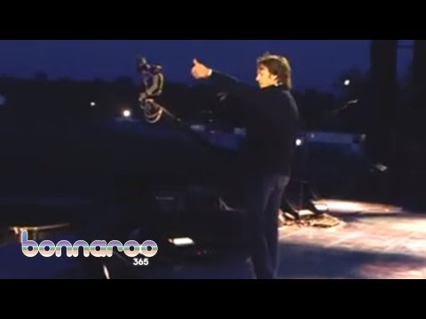 Paul McCartney Improvises a Bonnaroo Song | Bonnaroo 2013 | Bonnaroo365