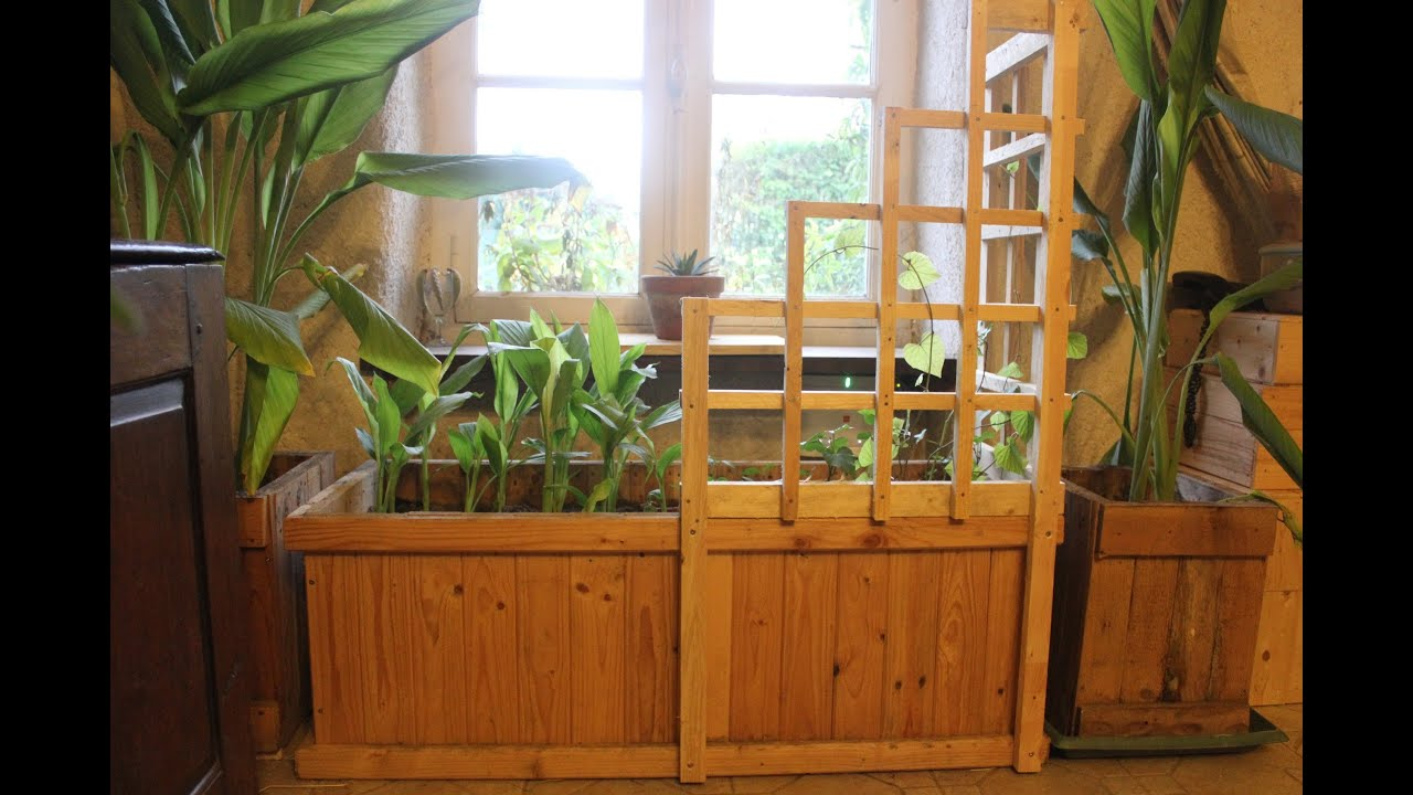 Pallet wood corner trellis planter for indoor Winter ve ables Jardin d hiver Jardinera