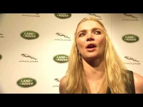 Jodie Kidd Loves 2016 Jaguar XF - 2015 New York Auto Show Video