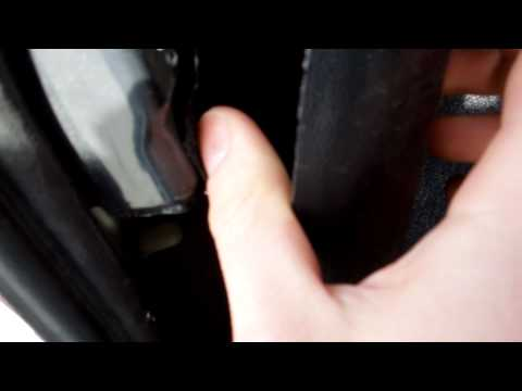 how to change tail light bulb mazda 3 2006 part 2