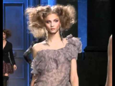 Christian Dior F/W 2010 - youtube