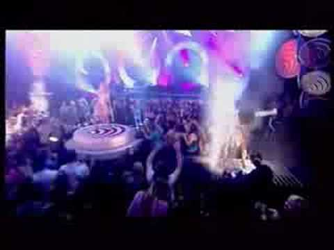 Geri Halliwell - Ride It  Live in TOTP