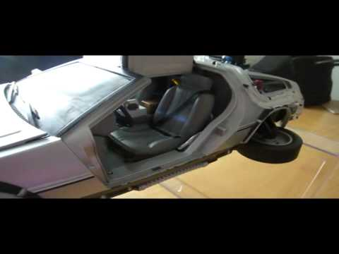 Customized Diamond Select Delorean 1/15 back to the future 2