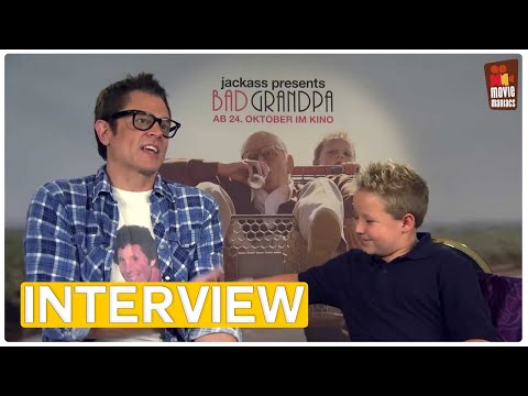 Jackass Bad Grandpa | Johnny Knoxville & Jackson Nicoll EXCLUSIVE Interview (2013)