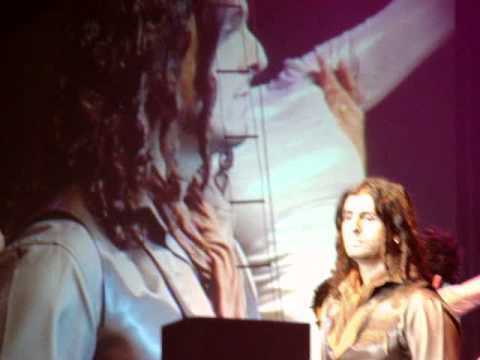 Sonu Nigam LIVE in London--Soniyo--Raaz2