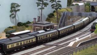 Sandown Model Railway Exhibition 2017 - Part 2 British, American & Japanese trains