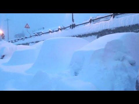 UK Rare Heavy Snow London  120 MPH Snowstorms Spawning Snow Devils 493