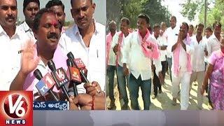 TRS Leader Aruri Ramesh Door To Door Election Campaign In Devannapet and Sithampet Villages
